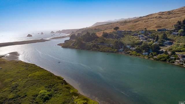 10827 Highway 1, Jenner, CA 95450 (#321067729) :: Golden Gate Sotheby's International Realty