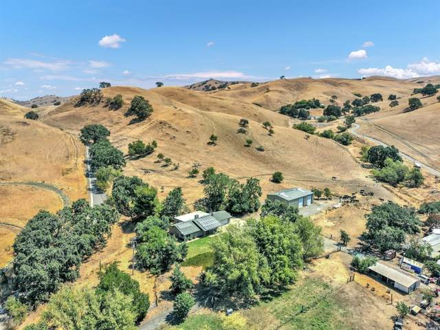 3854 Paradise Valley Road, Fairfield, CA 94533 (#321065340) :: Golden Gate Sotheby's International Realty
