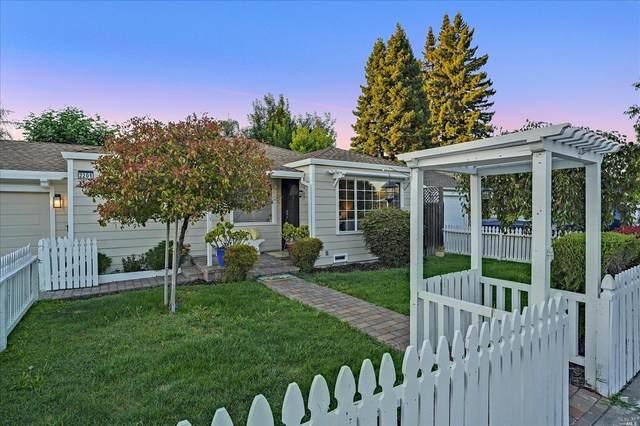 2201 Sonoma Avenue, Santa Rosa, CA 95405 (#321061232) :: Rapisarda Real Estate