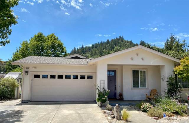 306 Moonlight Circle, Cloverdale, CA 95425 (#321071137) :: Lisa Perotti | Corcoran Global Living