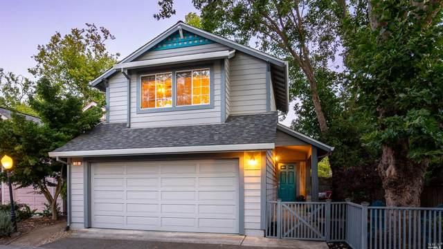 19 Greenleaf Lane, Cotati, CA 94931 (#321059188) :: Lisa Perotti | Corcoran Global Living