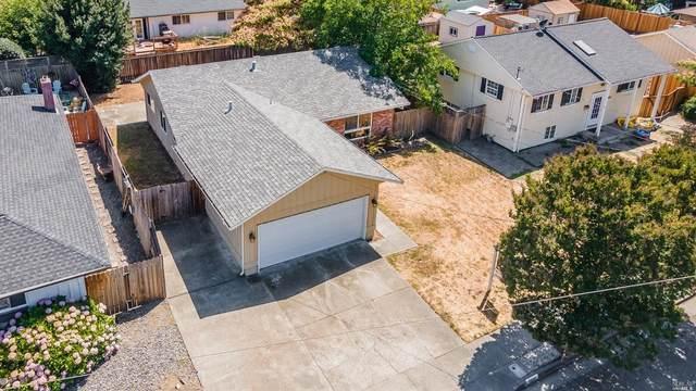 1618 Edgewood Lane, Santa Rosa, CA 95401 (#321070419) :: Lisa Perotti | Corcoran Global Living
