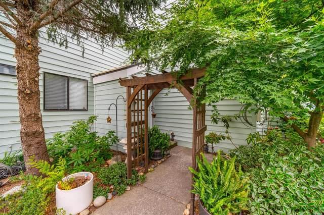 188 Courtyards E, Windsor, CA 95492 (#321070440) :: The Abramowicz Group
