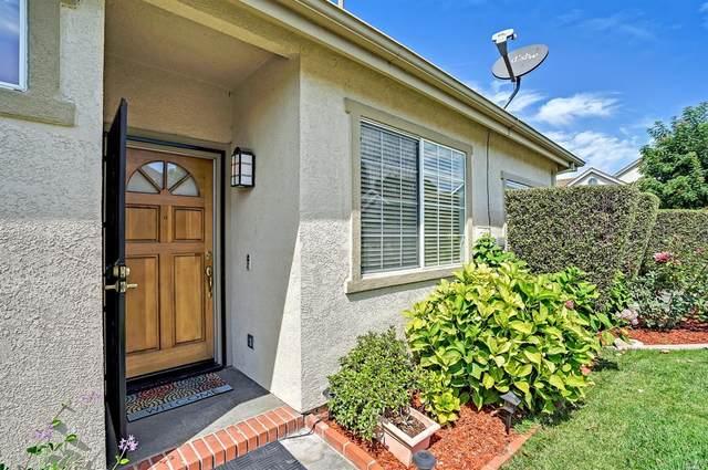 781 Bob Crosby Way, Windsor, CA 95492 (#321087413) :: Lisa Perotti | Corcoran Global Living
