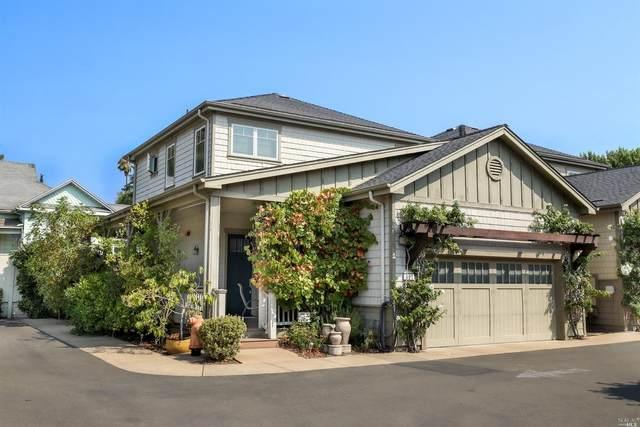 601 Center Street, Healdsburg, CA 95448 (#321088372) :: Lisa Perotti | Corcoran Global Living