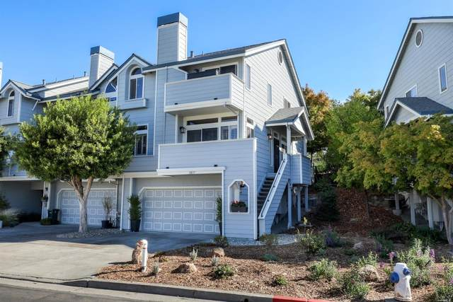 2037 Stonefield Lane, Santa Rosa, CA 95403 (#321094979) :: RE/MAX Accord (DRE# 01491373)