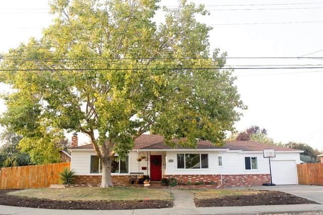 3109 Claremont Drive, Santa Rosa, CA 95405 (#321095128) :: Lisa Perotti | Corcoran Global Living