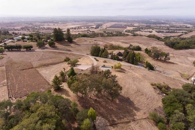 4713 Pressley Road, Santa Rosa, CA 95404 (#321097055) :: Lisa Perotti | Corcoran Global Living