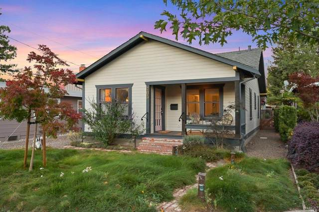 705 Mountain View Avenue, Petaluma, CA 94952 (#321093257) :: Hiraeth Homes