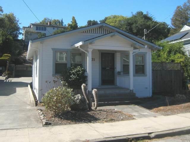 631 Baker Street, Petaluma, CA 94952 (#321099745) :: Hiraeth Homes
