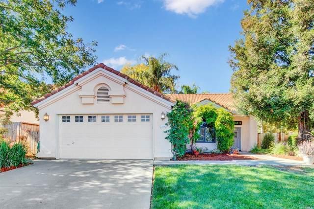 319 Sun Valley Way, Vacaville, CA 95688 (#321100782) :: Lisa Perotti | Corcoran Global Living
