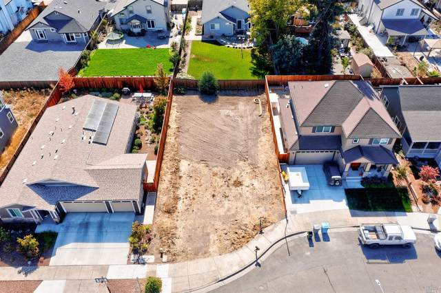 1354 Holly Park Way, Santa Rosa, CA 95403 (#321101095) :: Hiraeth Homes