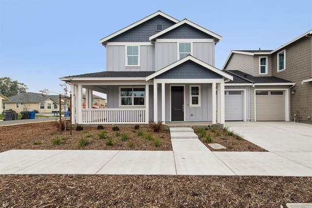 2928 Bay Village Avenue, Santa Rosa, CA 95403 (#321102087) :: Corcoran Global Living
