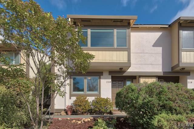 220 San Andreas Drive, Novato, CA 94945 (#321102075) :: Corcoran Global Living