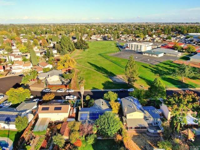 215 Greenwich Circle, Vacaville, CA 95687 (#321101925) :: The Lucas Group