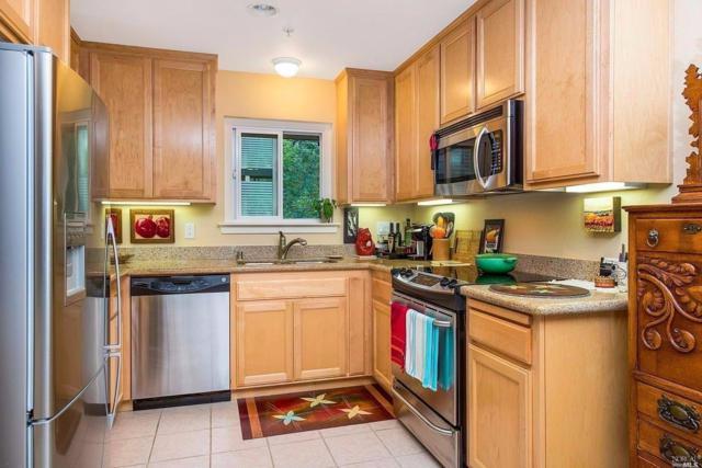 200 Foss Creek Circle D, Healdsburg, CA 95448 (#21720879) :: The Todd Schapmire Team at W Real Estate