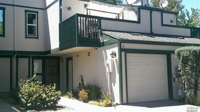 299 Shasta Drive #4, Vacaville, CA 95687 (#21724235) :: Intero Real Estate Services