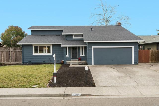 229 Tahola Lane, Petaluma, CA 94954 (#21829893) :: Intero Real Estate Services