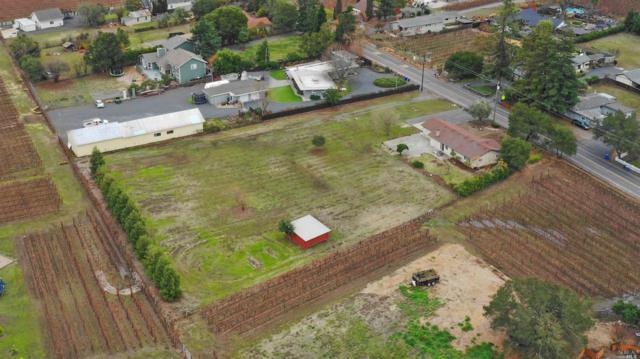 3306 Vichy Avenue, Napa, CA 94558 (#21829983) :: Lisa Imhoff | Coldwell Banker Kappel Gateway Realty