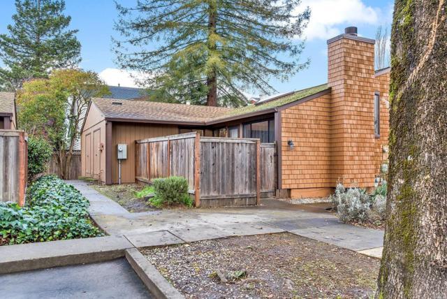 850 E Cotati Avenue #5, Cotati, CA 94931 (#21901968) :: RE/MAX GOLD