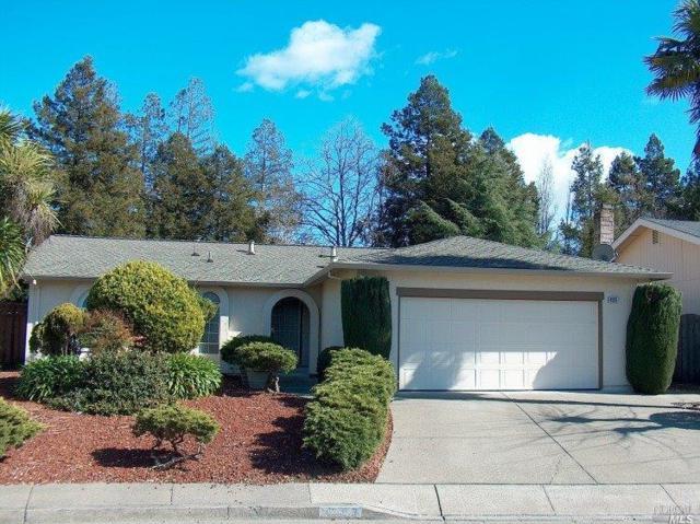 4555 Heath Circle, Rohnert Park, CA 94928 (#21903023) :: W Real Estate | Luxury Team