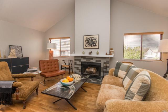 2563 W Westberry Drive, Santa Rosa, CA 95403 (#21904349) :: W Real Estate | Luxury Team