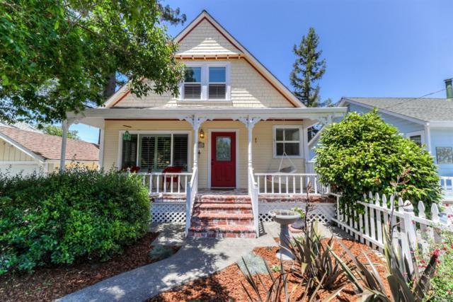 304 West Street, Petaluma, CA 94952 (#21915331) :: Rapisarda Real Estate