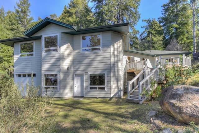 21999 Smith Court, Jenner, CA 95450 (#22003329) :: Rapisarda Real Estate