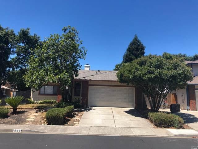 249 Macbeth Court, Vacaville, CA 95687 (#22008985) :: Rapisarda Real Estate