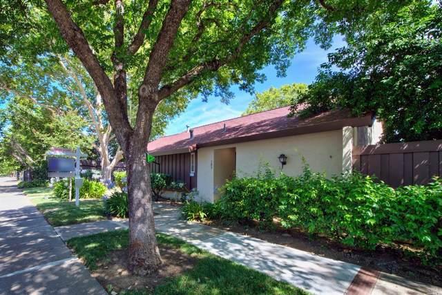 103 Fairoaks Drive, Vacaville, CA 95688 (#22016089) :: Rapisarda Real Estate