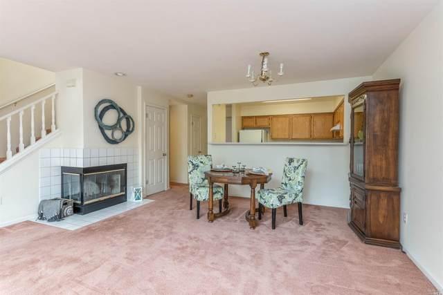 408 Feldspar Lane, Santa Rosa, CA 95407 (#22021735) :: Rapisarda Real Estate