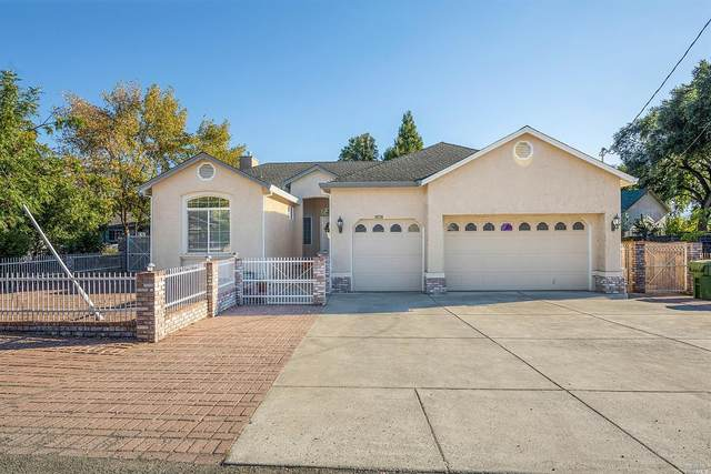 19735 Oak Flat Road, Hidden Valley Lake, CA 95467 (#22025922) :: Rapisarda Real Estate