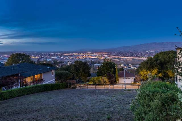118 Kimberly Way, Petaluma, CA 94952 (#22028874) :: Hiraeth Homes
