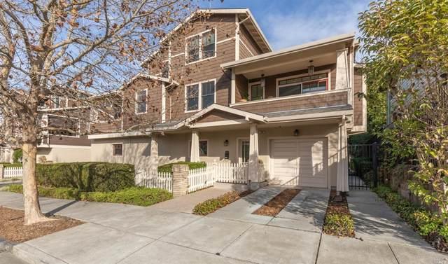 326 Liberty Street, Petaluma, CA 94952 (#22030637) :: W Real Estate   Luxury Team