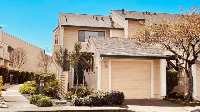 2142 Chianti Drive, Santa Rosa, CA 95403 (#321009422) :: Rapisarda Real Estate