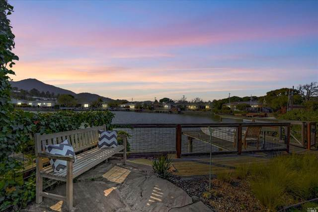 24 Tamal Vista Boulevard, Corte Madera, CA 94925 (#321012895) :: Golden Gate Sotheby's International Realty