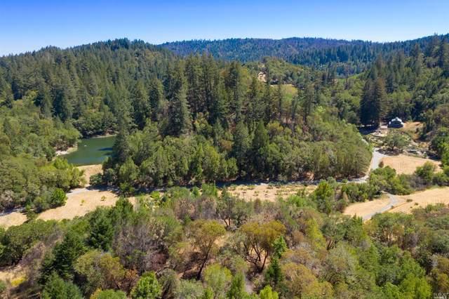 2660 Wallace Creek Road, Healdsburg, CA 95448 (#321065323) :: Hiraeth Homes