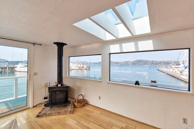 55 Liberty Ship Way 1A, Sausalito, CA 94965 (#321093026) :: Golden Gate Sotheby's International Realty