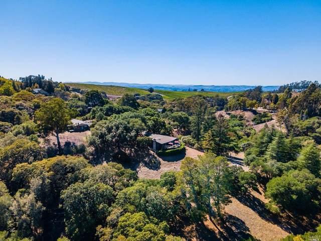 4724 Hidden Oaks Road, Santa Rosa, CA 95404 (#321095411) :: Lisa Perotti   Corcoran Global Living