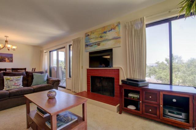 60 Margarita Terrace, Novato, CA 94947 (#21818560) :: Perisson Real Estate, Inc.