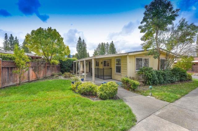 54 Laguna Seca Court, St. Helena, CA 94574 (#21904758) :: Rapisarda Real Estate