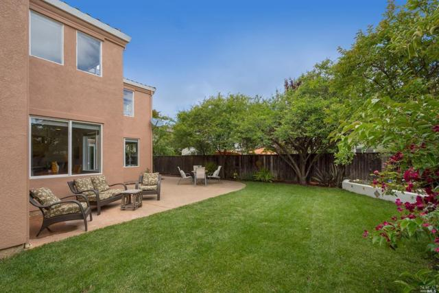 27 Alhambra Court, Novato, CA 94949 (#21912684) :: Lisa Perotti | Zephyr Real Estate