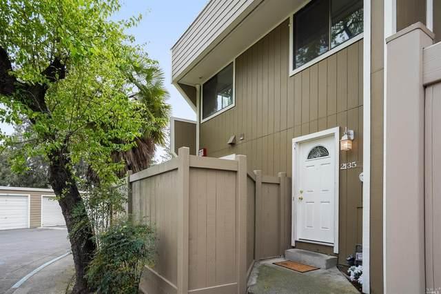 2135 W Steele Lane, Santa Rosa, CA 95403 (#321004245) :: Corcoran Global Living