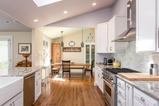 956 Phillips Avenue, Petaluma, CA 94952 (#321092905) :: Lisa Perotti | Corcoran Global Living