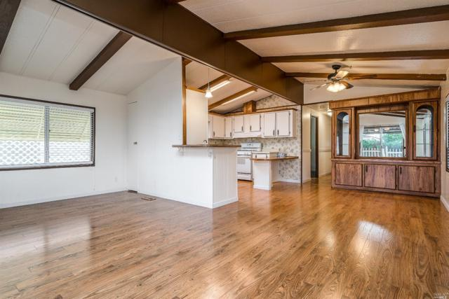 8124 C Street, Windsor, CA 95492 (#21903721) :: Lisa Perotti | Zephyr Real Estate