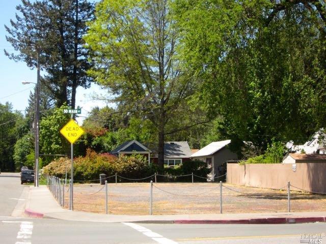 690 Main Street - Photo 1
