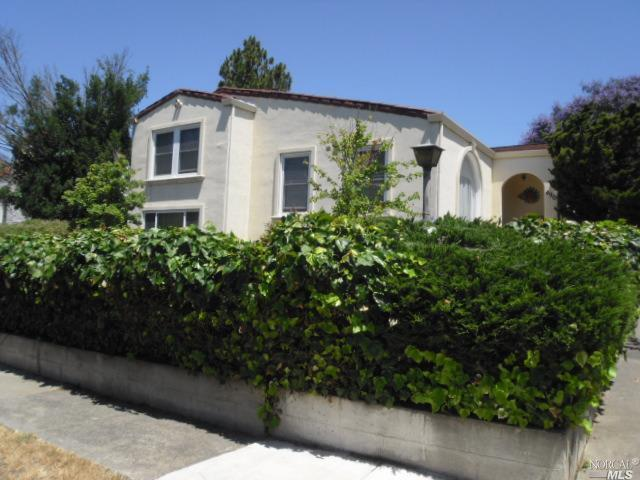 490 Wallace Avenue, Vallejo, CA 94590 (#21714743) :: Heritage Sotheby's International Realty