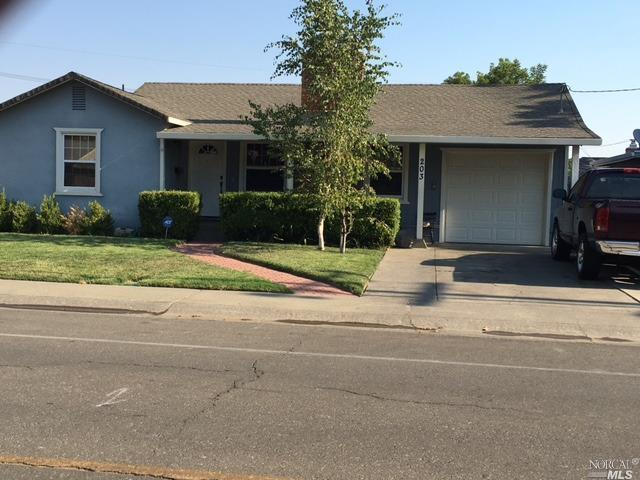203 Anderson Avenue, Winters, CA 95694 (#21718247) :: Intero Real Estate Services