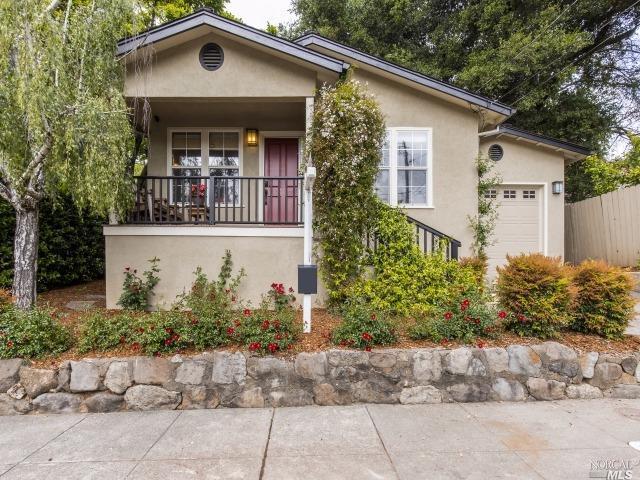 433 Lincoln Street, Healdsburg, CA 95448 (#21726787) :: The Todd Schapmire Team at W Real Estate