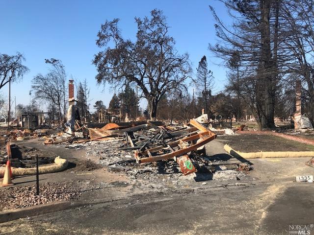 1335 Ridgecrest Court, Santa Rosa, CA 95403 (#21728151) :: RE/MAX PROs